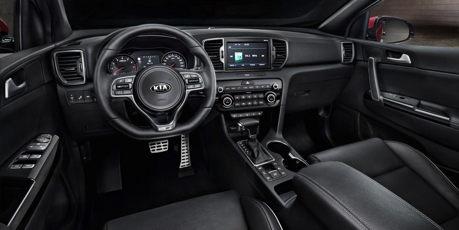 Interni della Kia Sportage 2.0 CRDi AWD