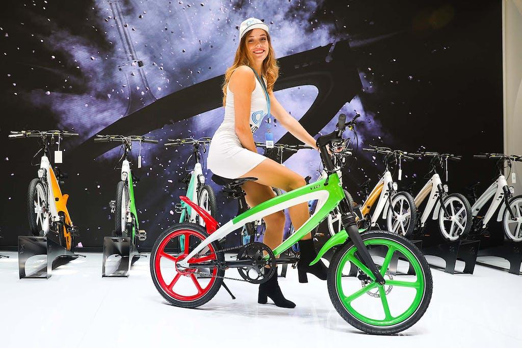 V1 V-ITA, l'e-bike leggerissima