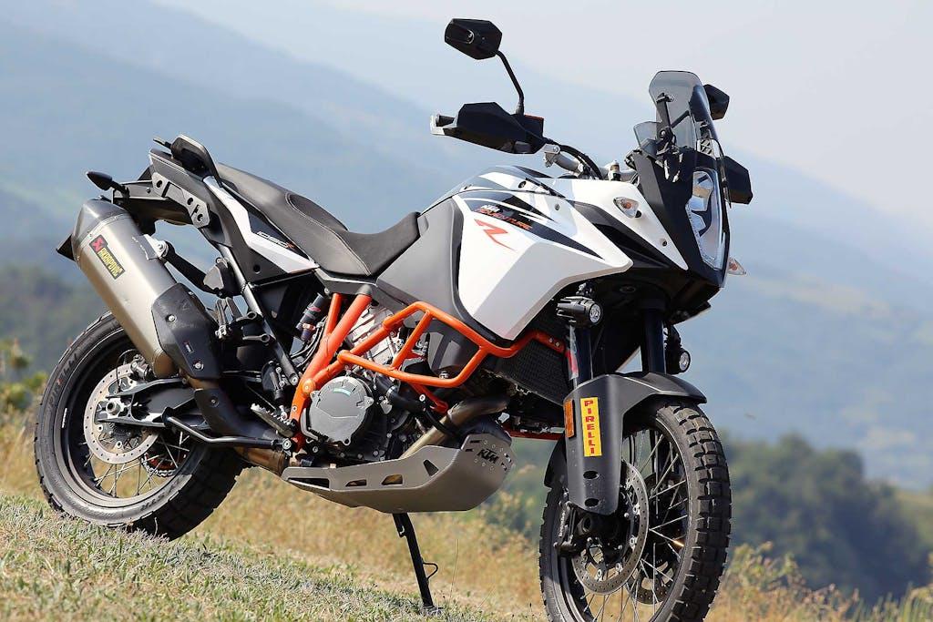 Comparativa maxi enduro 21″ – KTM 1090 Adventure R