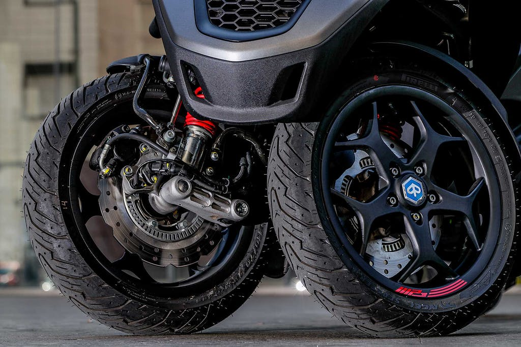 Moto e scooter, quando due ruote non bastano. Ecco i migliori tre ruote