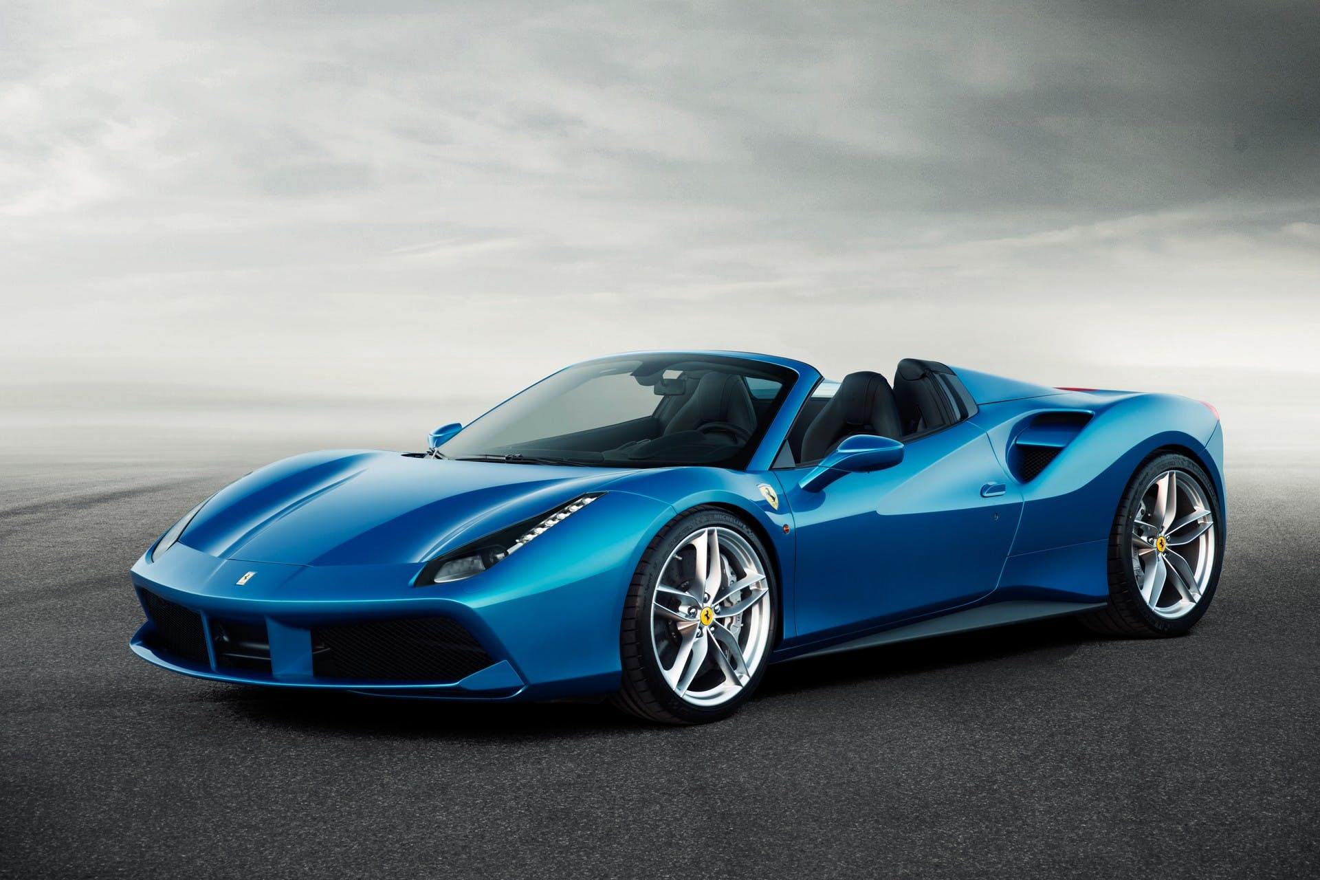Ferrari488Spider-001