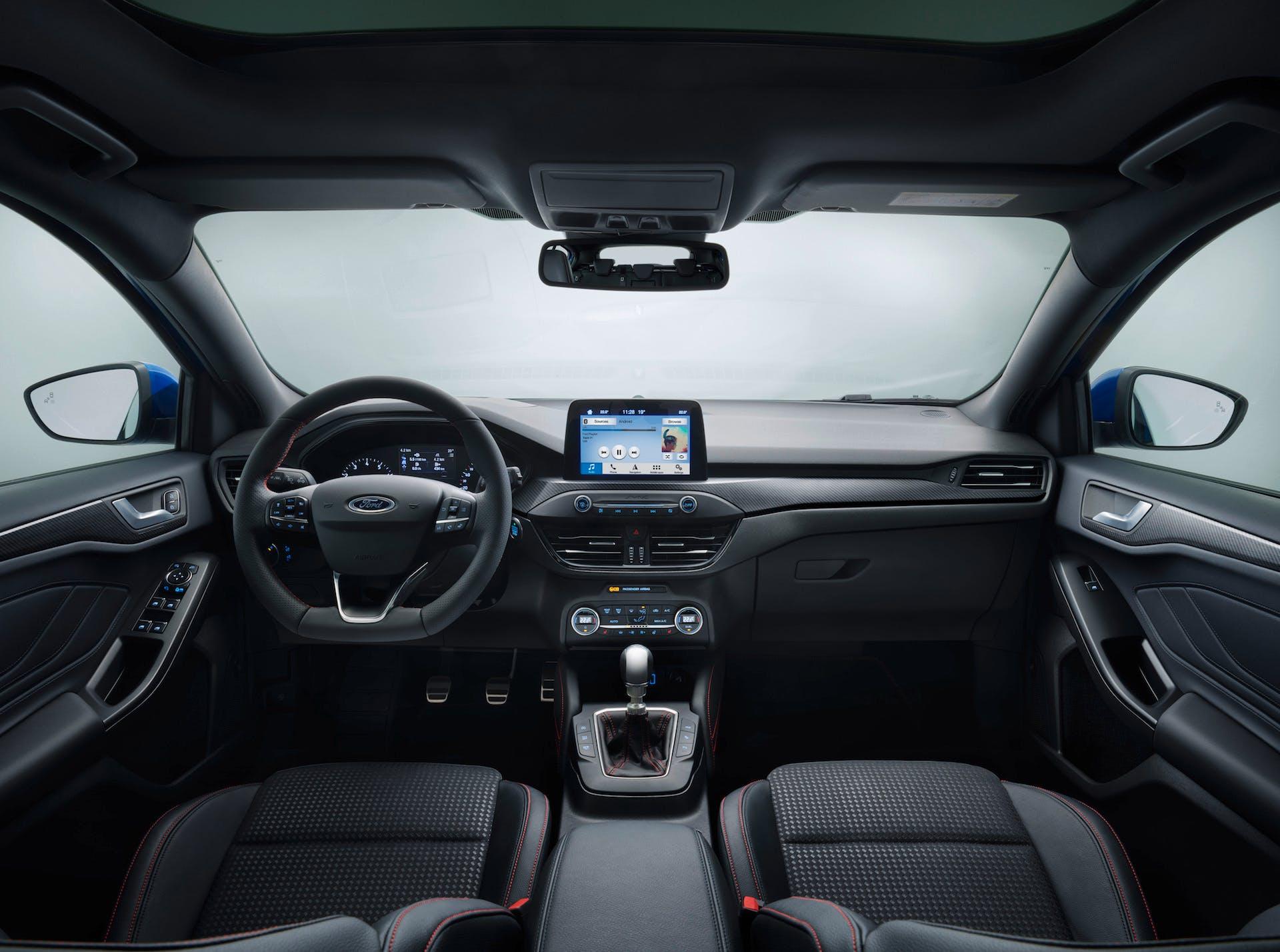 nuova ford focus interni plancia