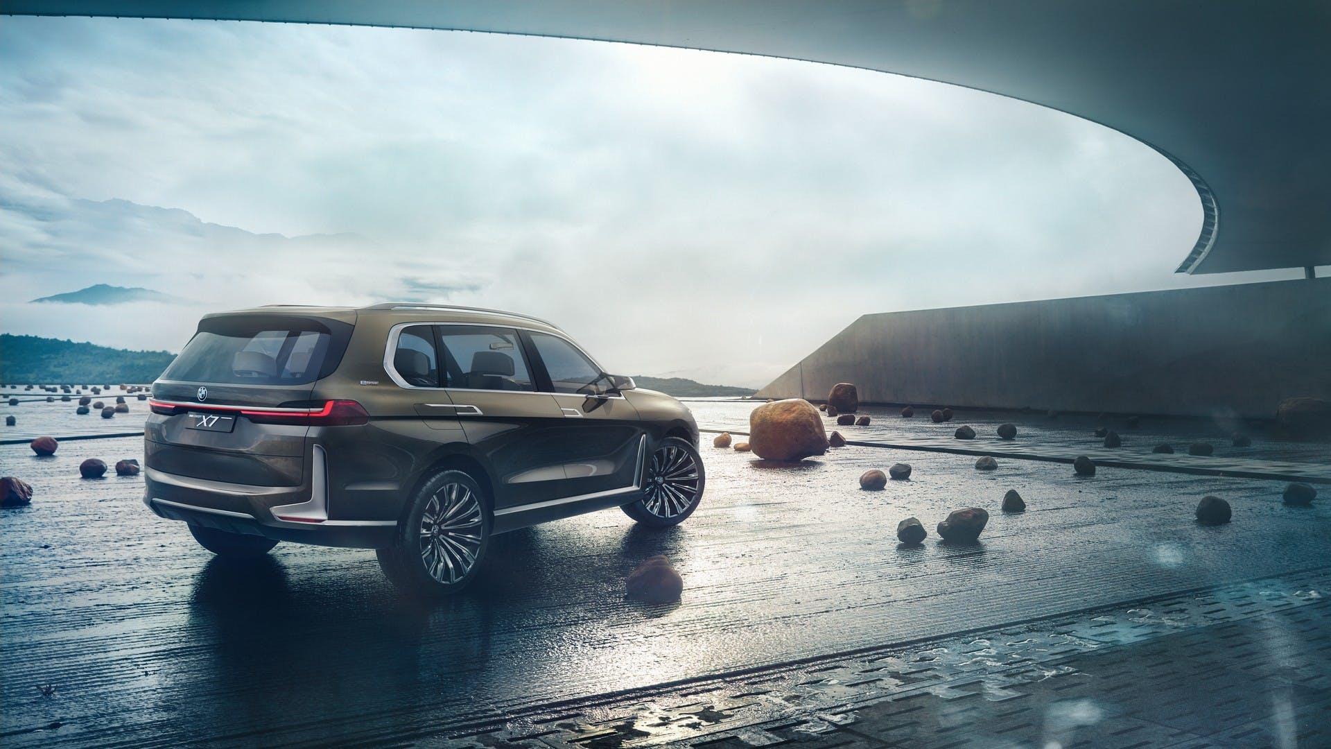 BMW Concept X7 iPerformance statica