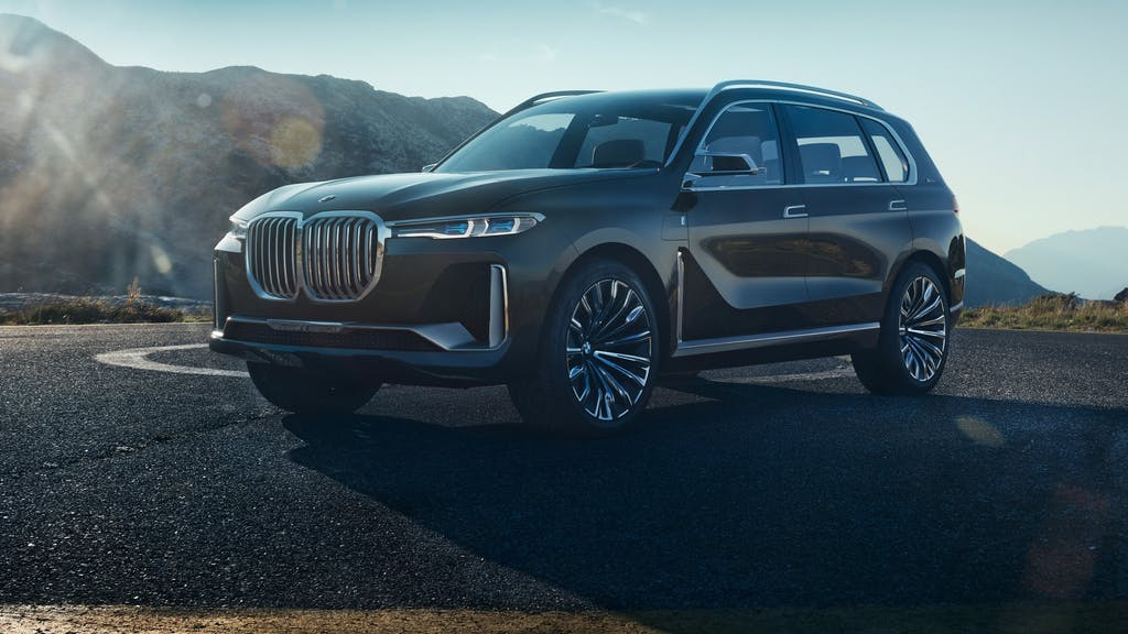 BMW X7 iPerformance: extra-lusso, extra-large