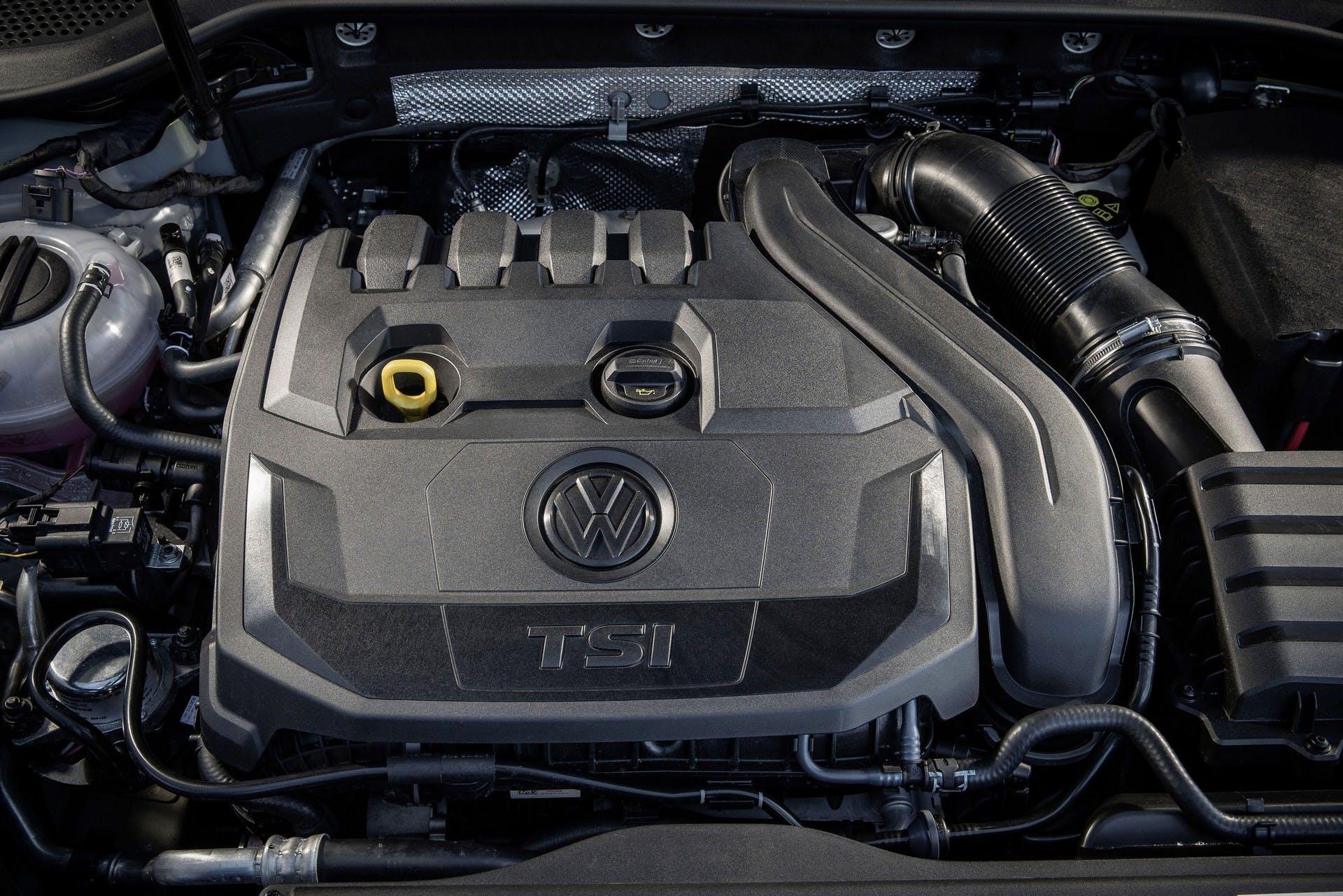 Volkswagen Golf 1.5 TSI motore