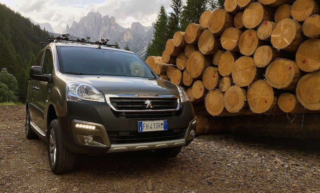 Prova Peugeot Partner Tepee Dangel, l'Ultra Utility Vehicle