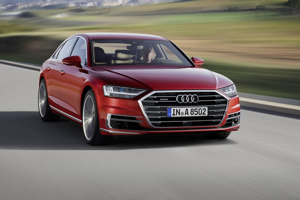 Nuova Audi A8, rivoluzione hi-tech
