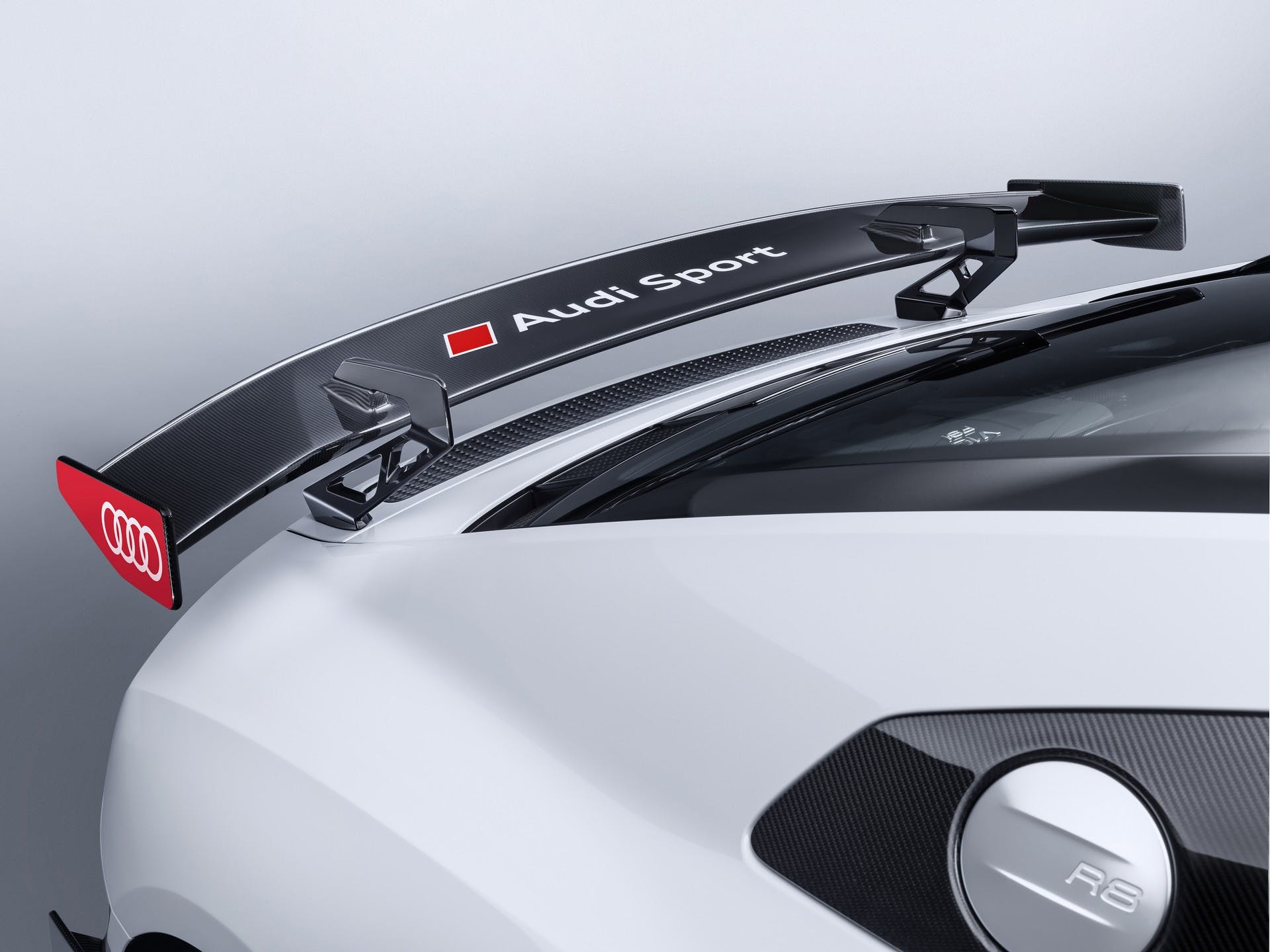 Audi R8 Performance Parts dettaglio