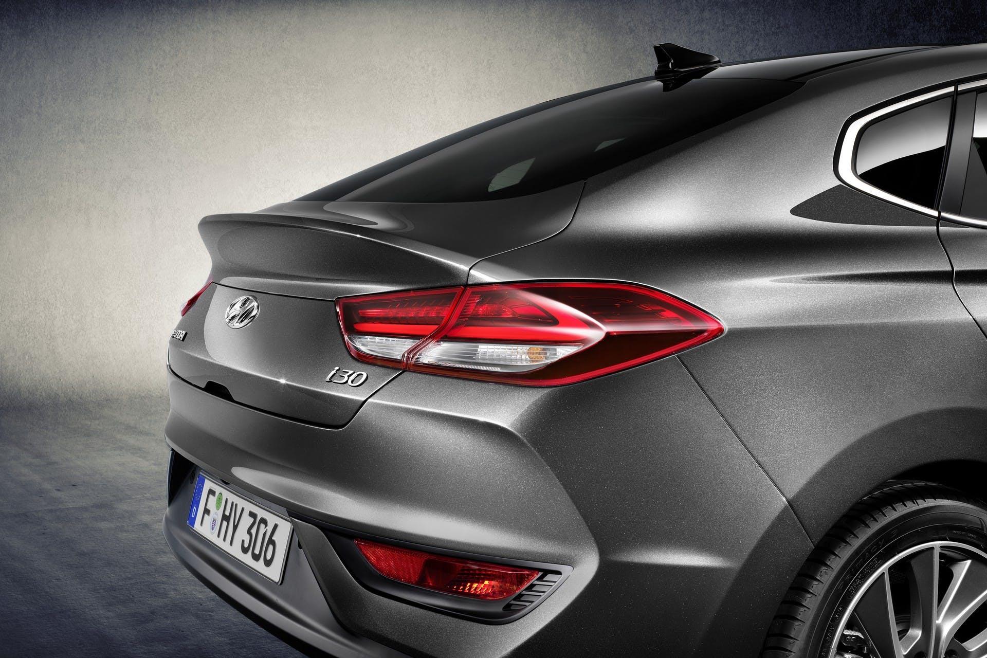 Hyundai i30 Fastback dettaglio