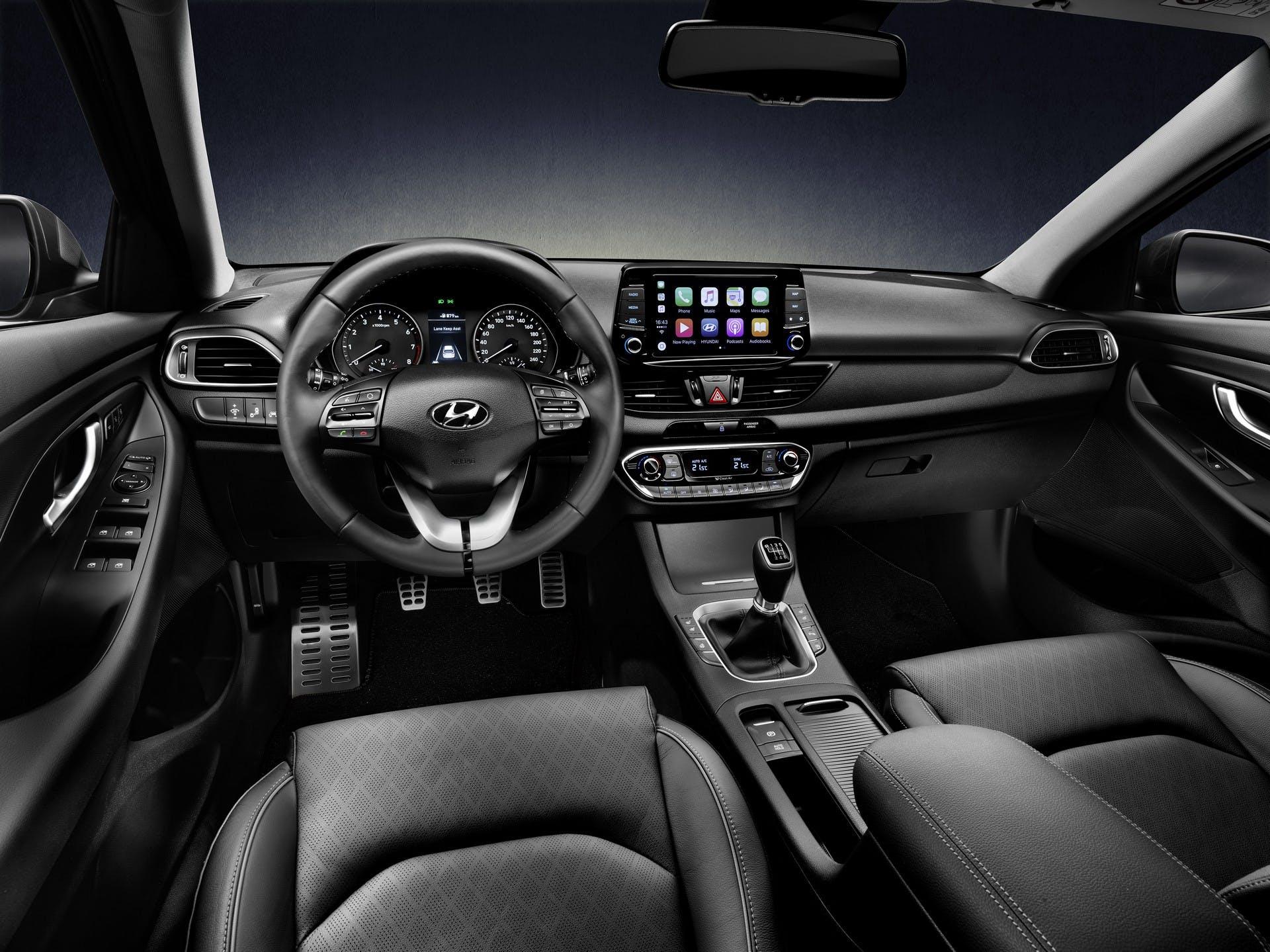 Hyundai i30 Fastback interni