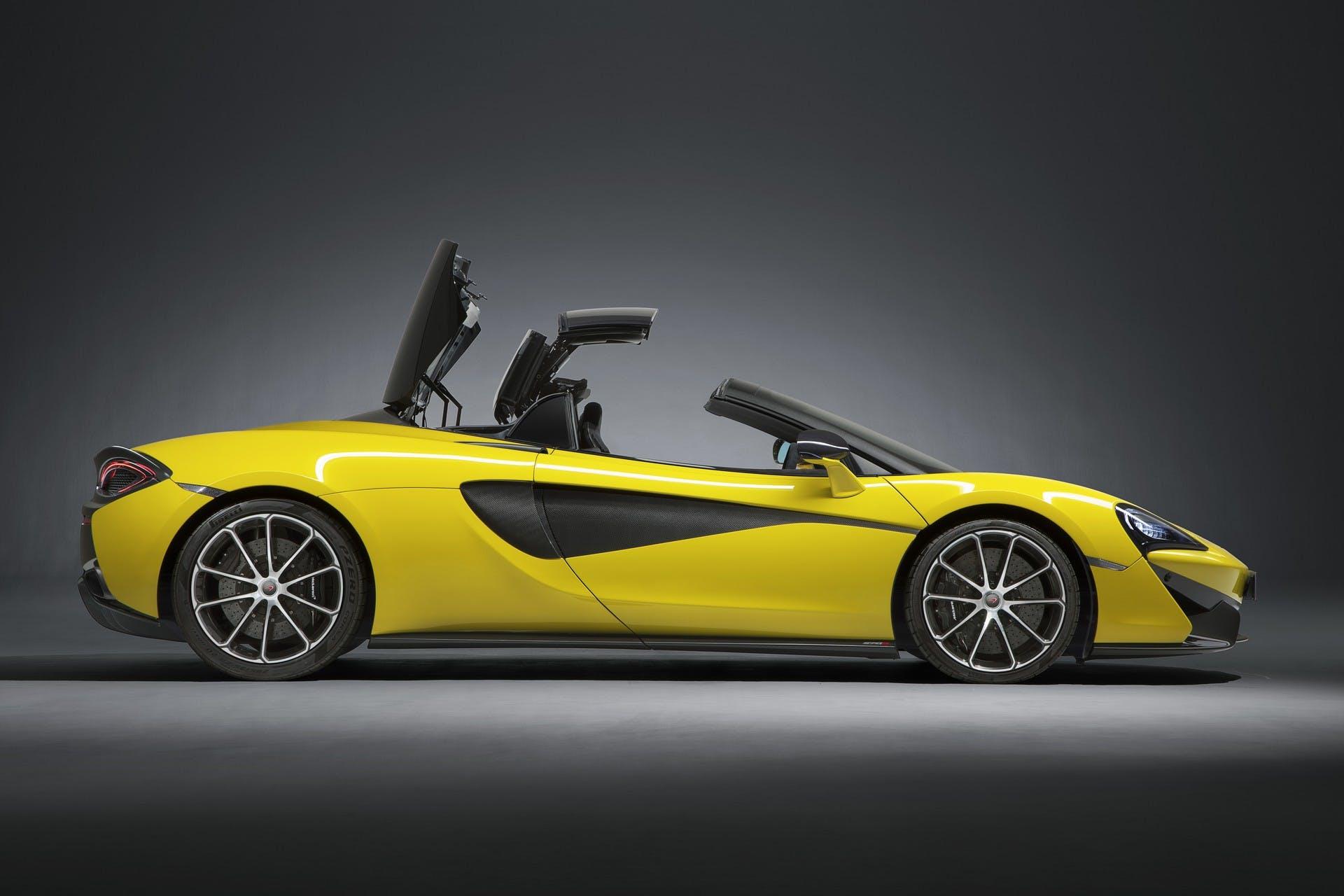 McLaren 570S Spider statica