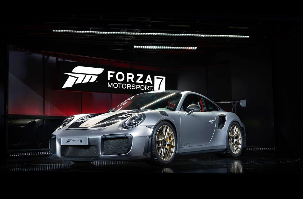 Forza Motorsport 7 debutta con la nuova Porsche 911 GT2 RS