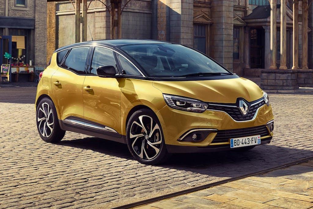 Renault Scénic 2016: Captur style