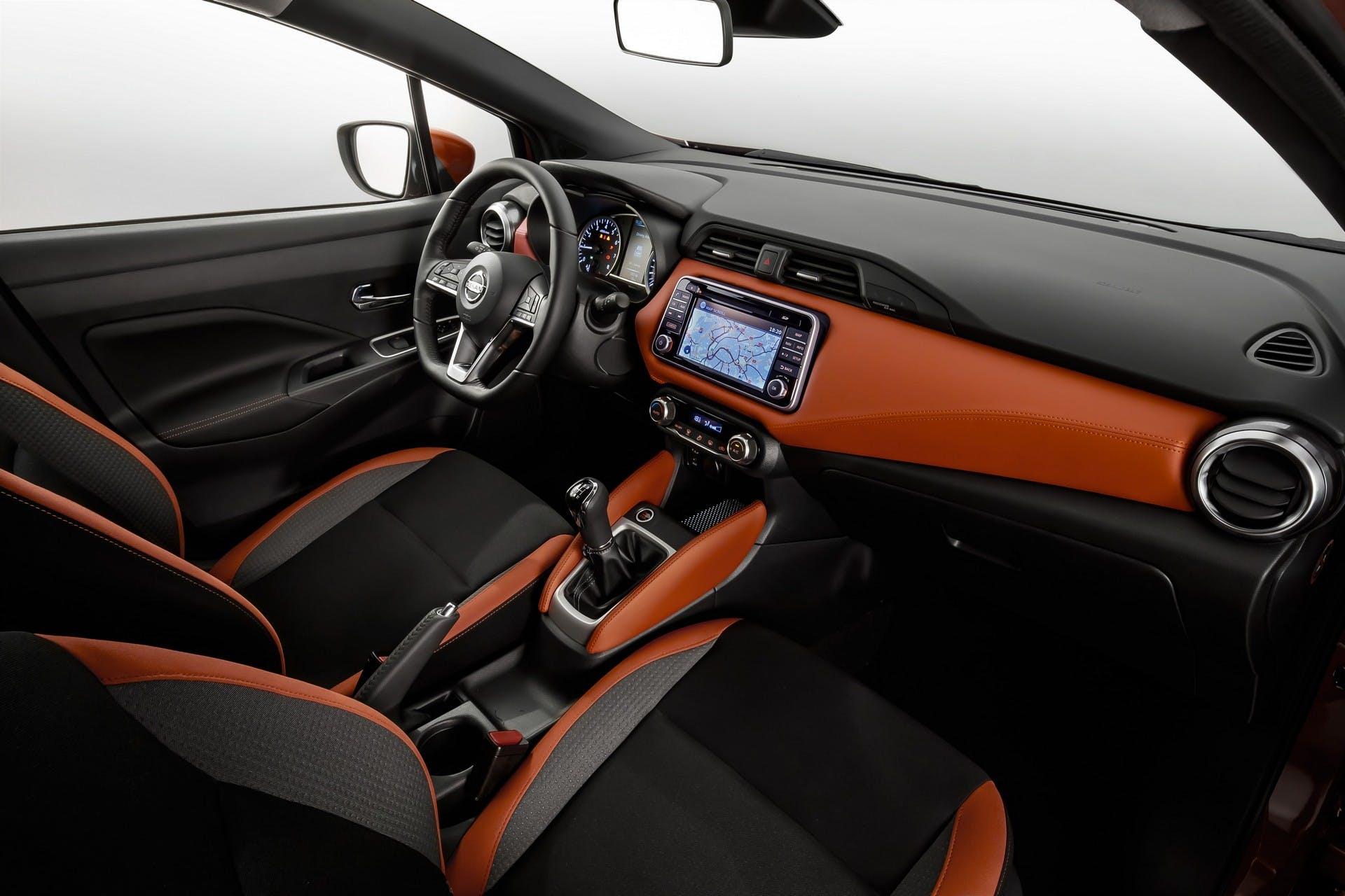 Nissan Micra interni