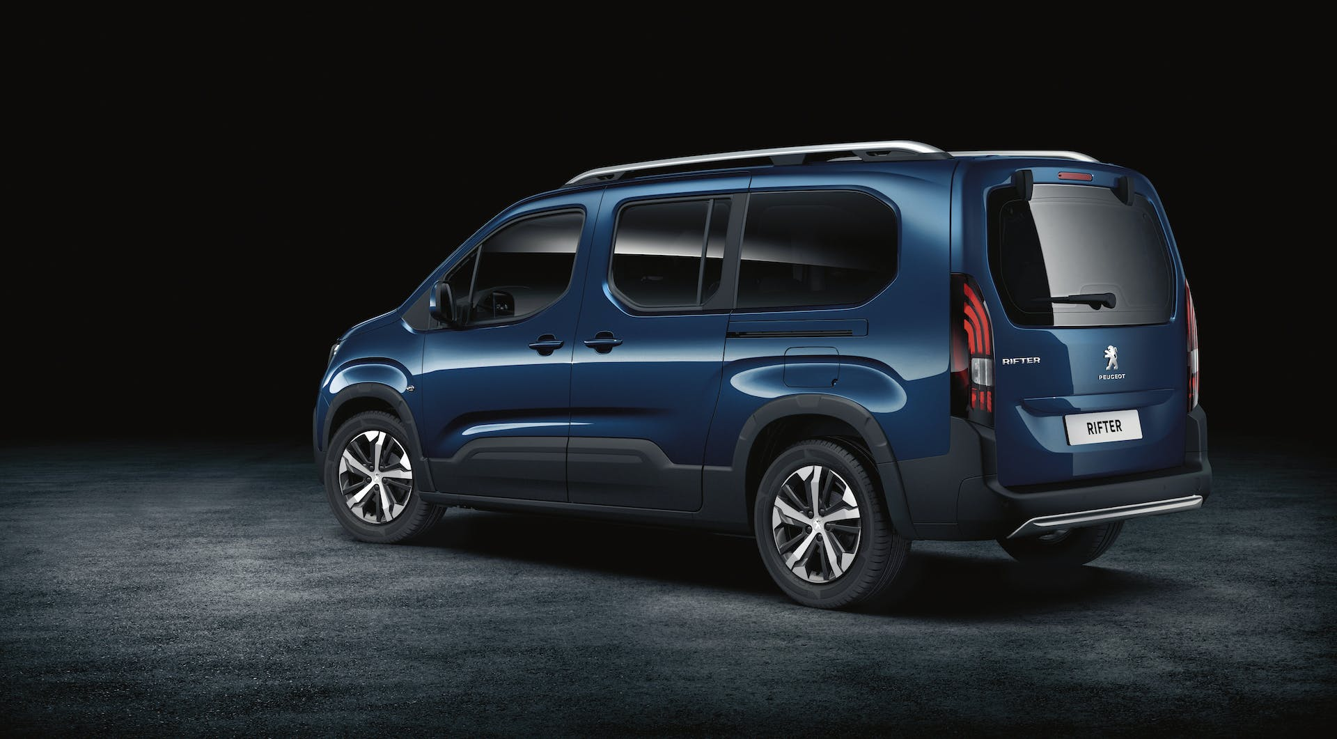 nuovo peugeot rifter lungo
