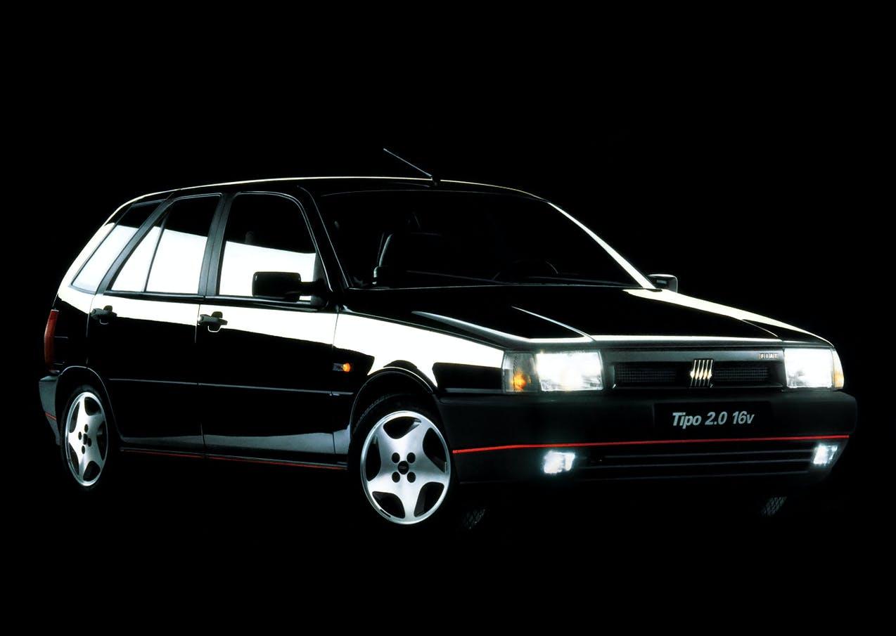 Fiat Tipo 2.0 Sedicivalvole nera frontale