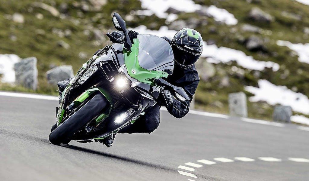 Prova Kawasaki Ninja H2 SX, turismo superfast