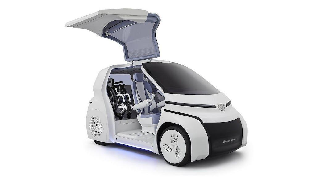 Toyota Concept-i Ride: la prima auto per anziani