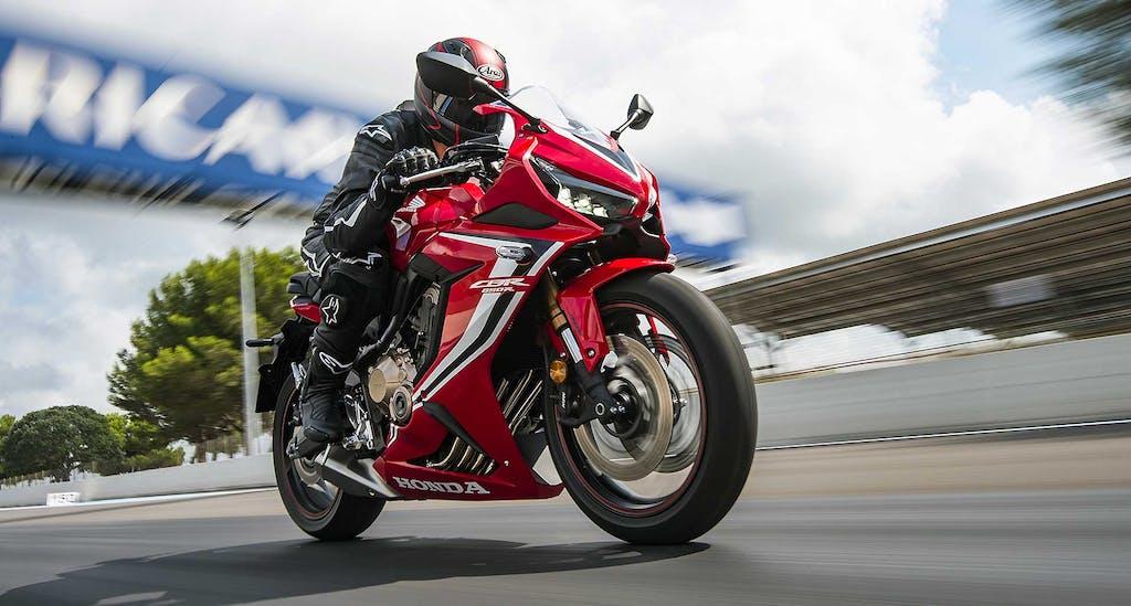 Honda CBR650R, nel nome della sportività