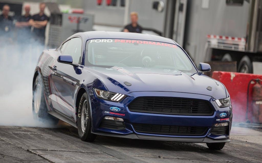 Ford Mustang Cobra Jet: dragster di serie