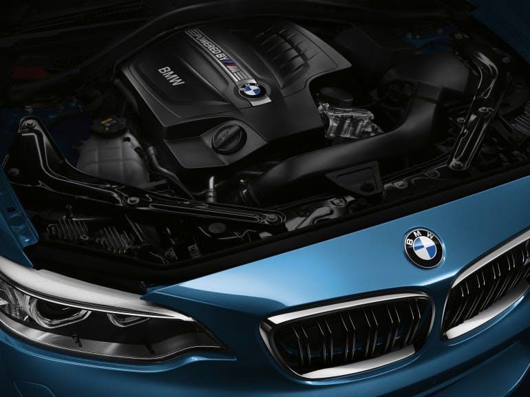 BMWM2-027