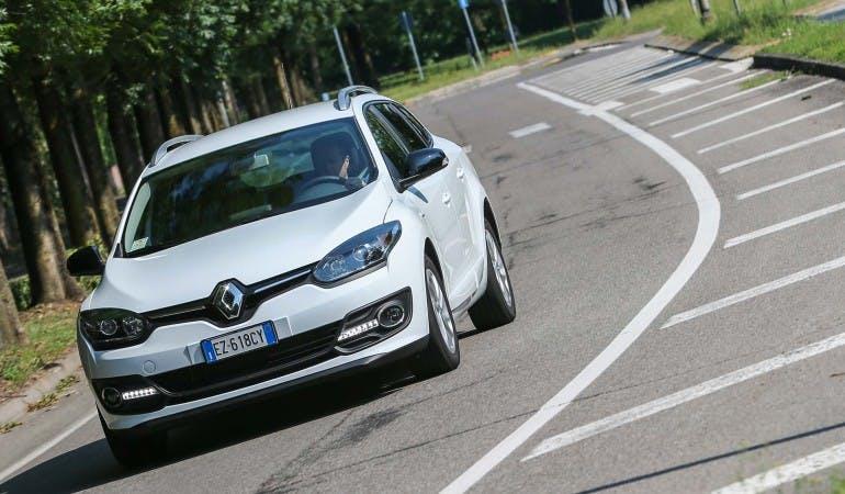 RenaultMeganeSportour-005