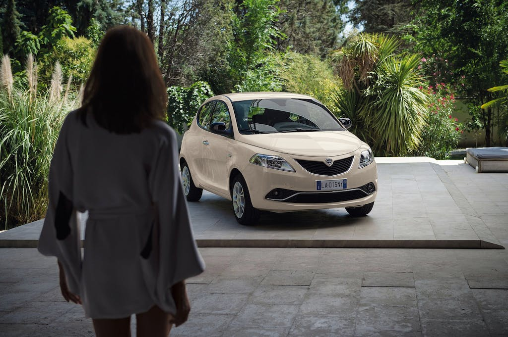 Nuova Lancia Ypsilon: la fashion city car si rinnova