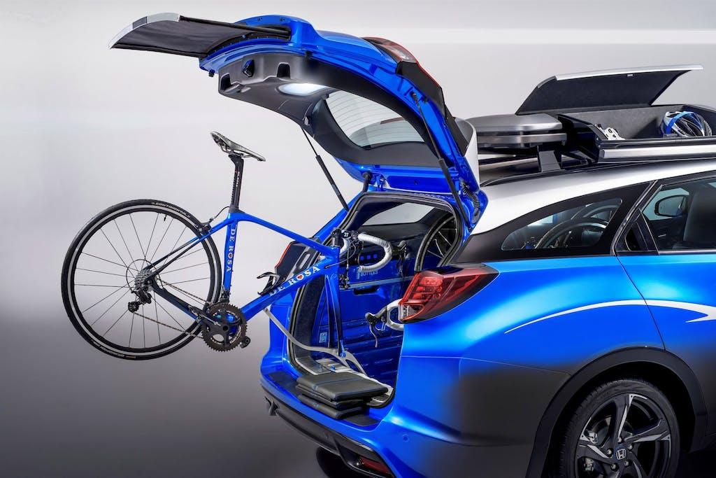 Honda Civic Tourer Active Life: l'auto per i ciclisti