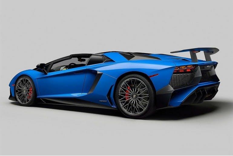 LamborghiniAventadorLP750-4SVRoadster-001