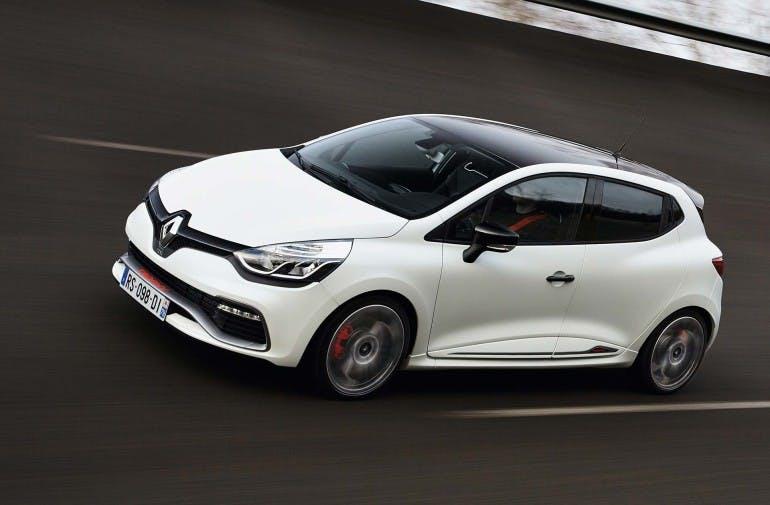 RenaultClioRS220-010