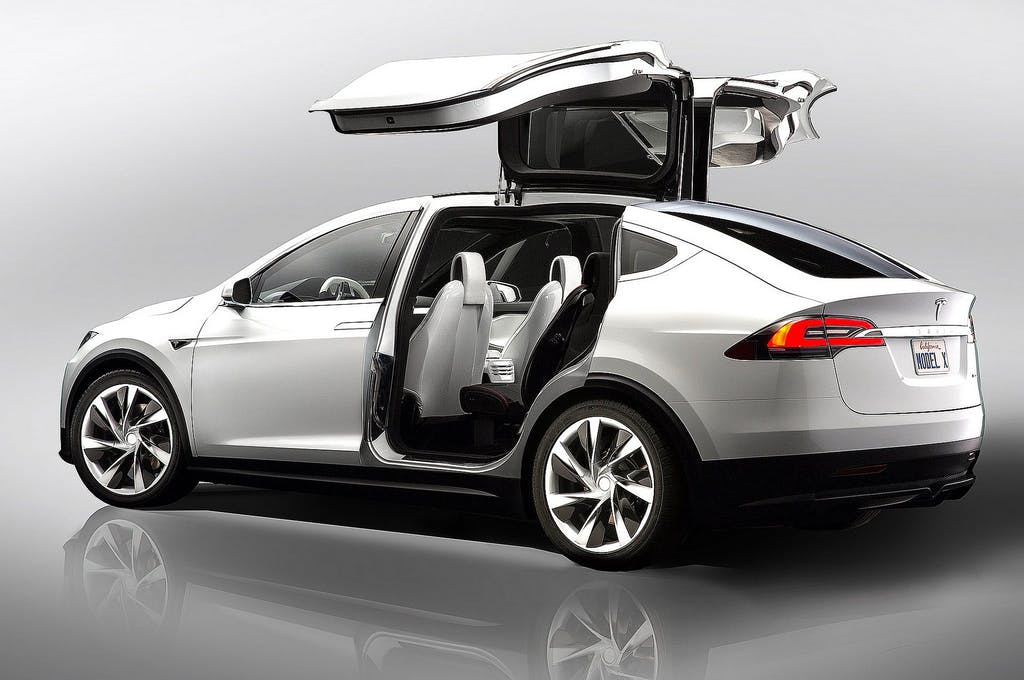 Tesla Model X: crossover elettrica da 762 cv