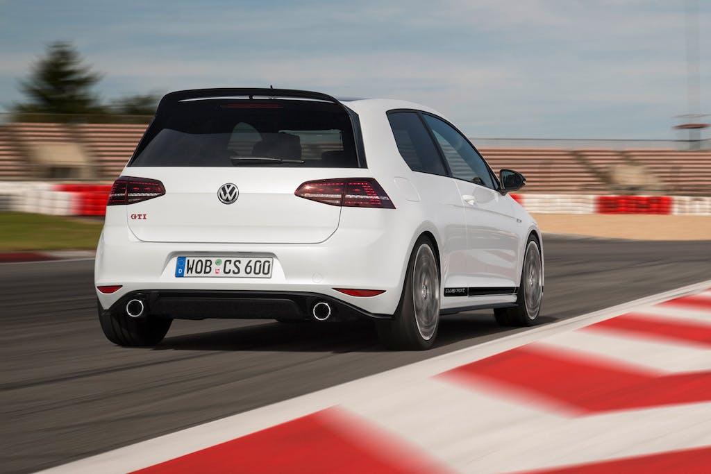 VW Golf GTI Clubsport: festeggia con 290 cv