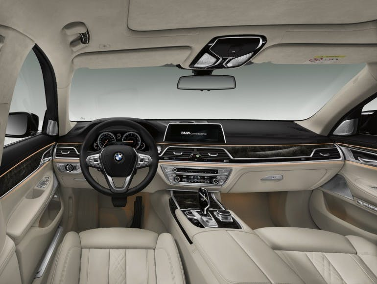 BMWSerie72016-017