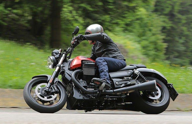 Moto Guzzi Audace - 19