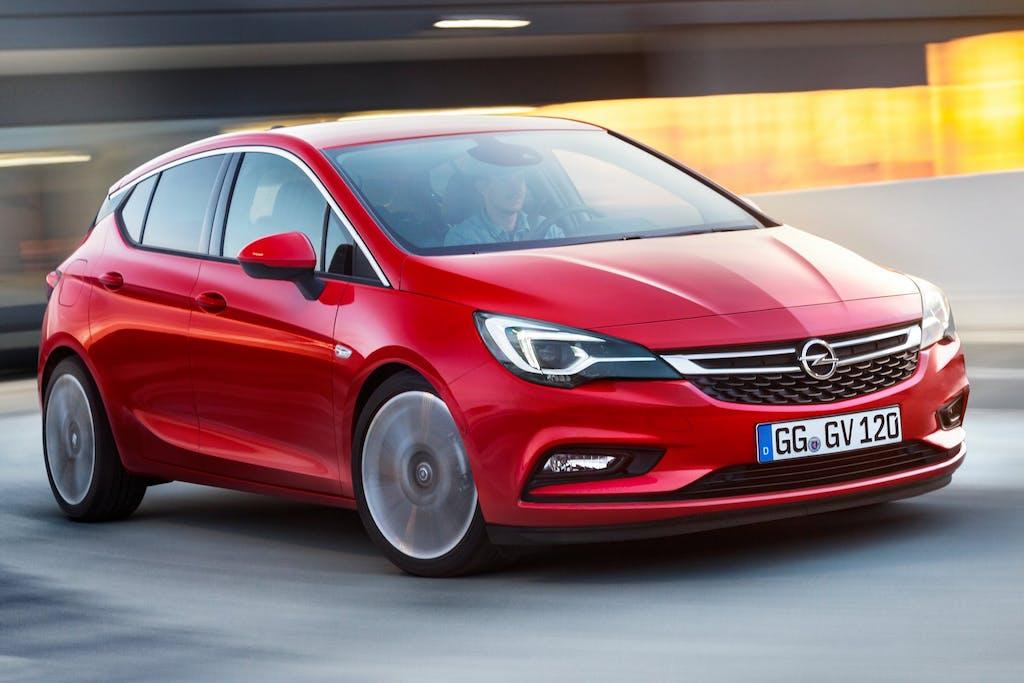 Opel Astra 2015: svolta hi-tech