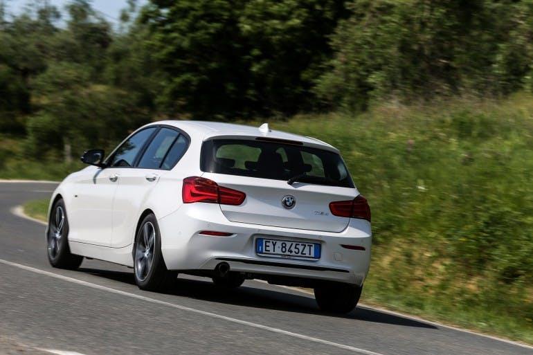 BMW116d-001