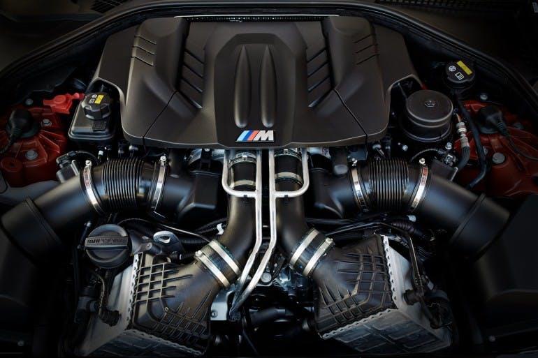 BMWM62015-012