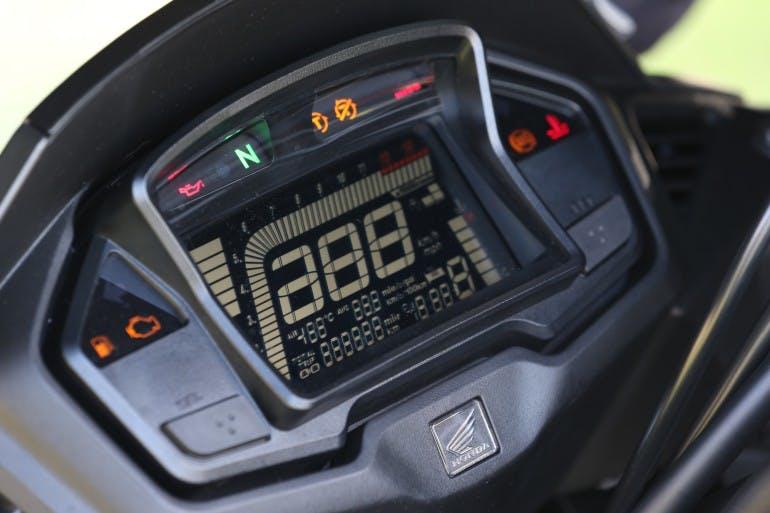 Honda Crossrunner08