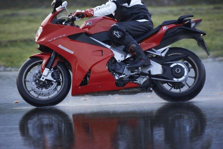BridgestoneT30-A4000025
