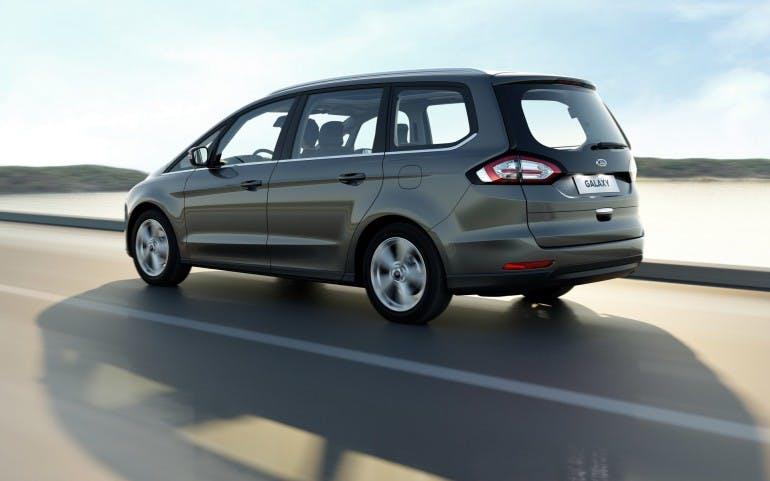 FordGalaxy2015-001