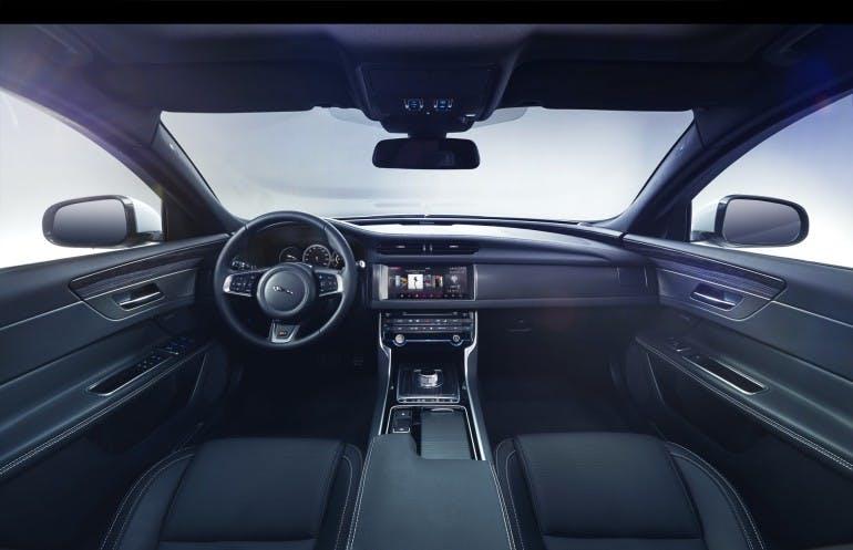 JaguarXF2015-017
