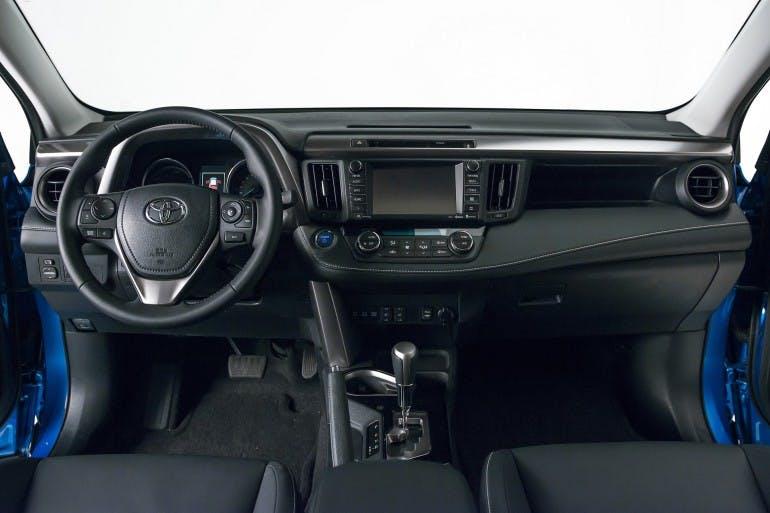ToyotaRAV4Hybrid-017
