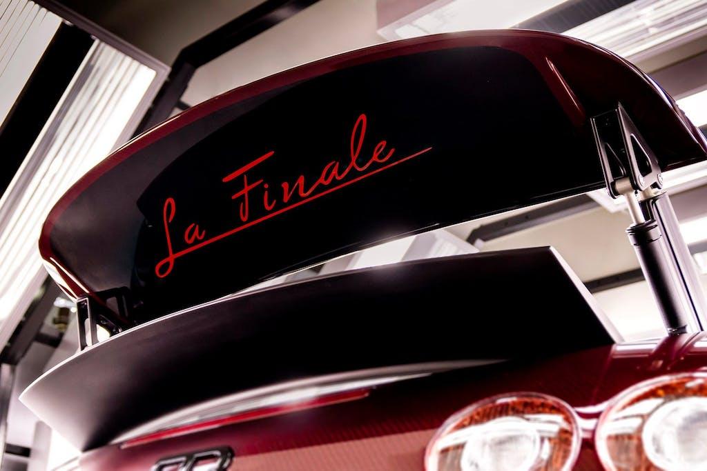 Bugatti La Finale: bye bye Veyron