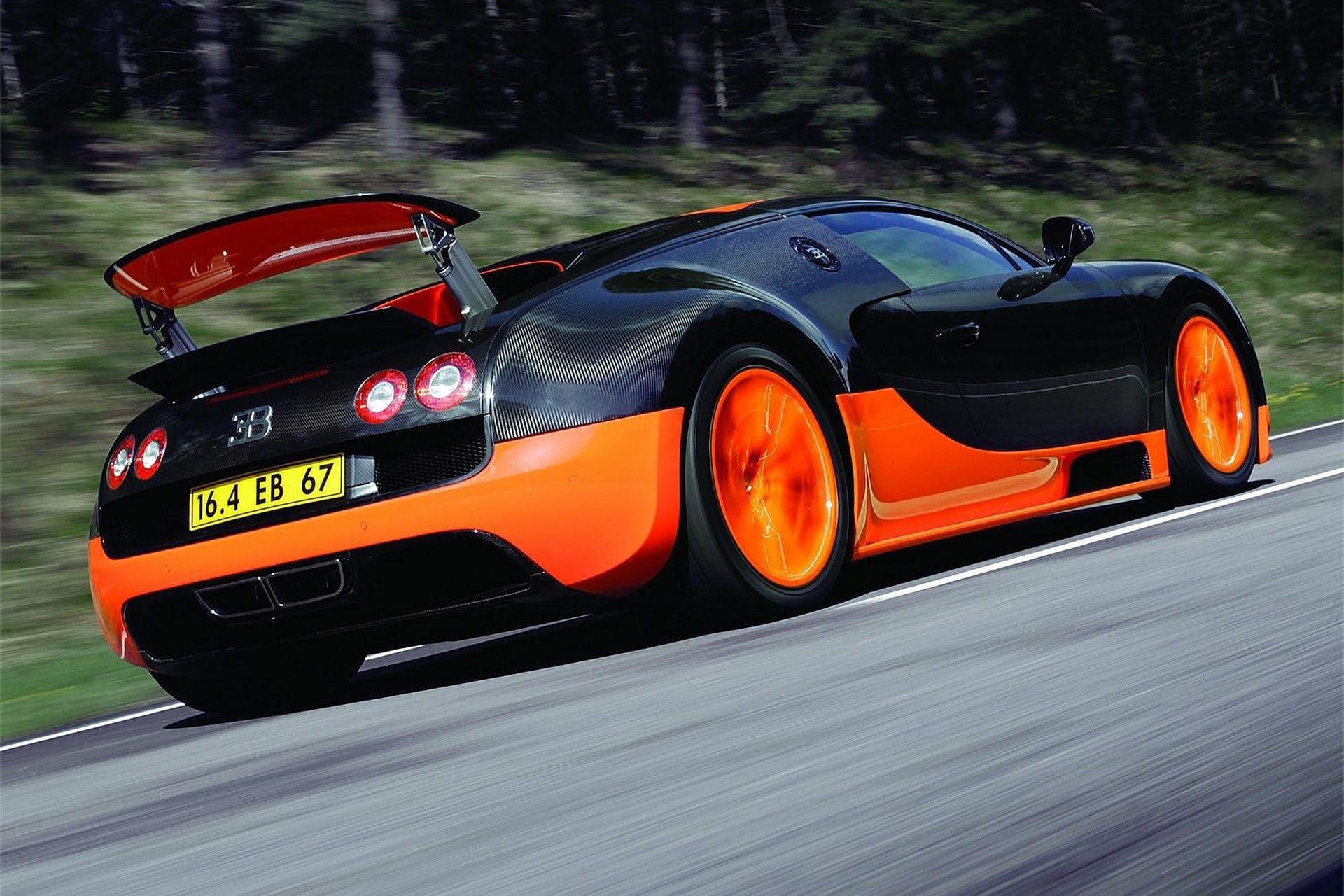 BugattiVeyronSuperSport-001