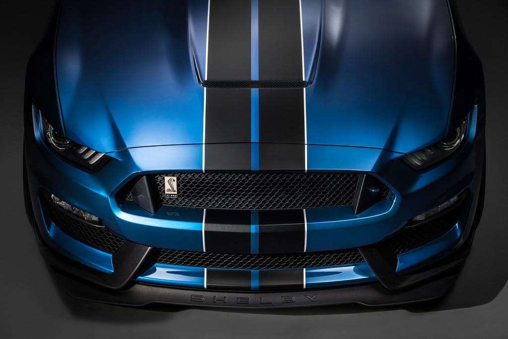 Ford Mustang GT350R Shelby: cavallo selvaggio