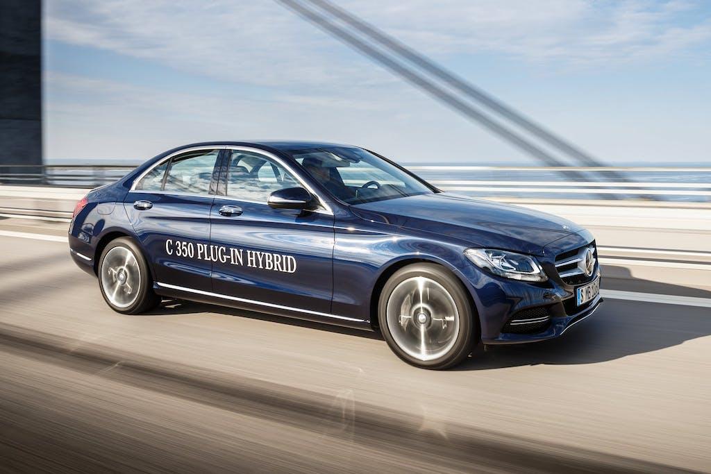 Mercedes-Benz C 350 Plug-in Hybrid: 279 cv e quasi 50 km/l