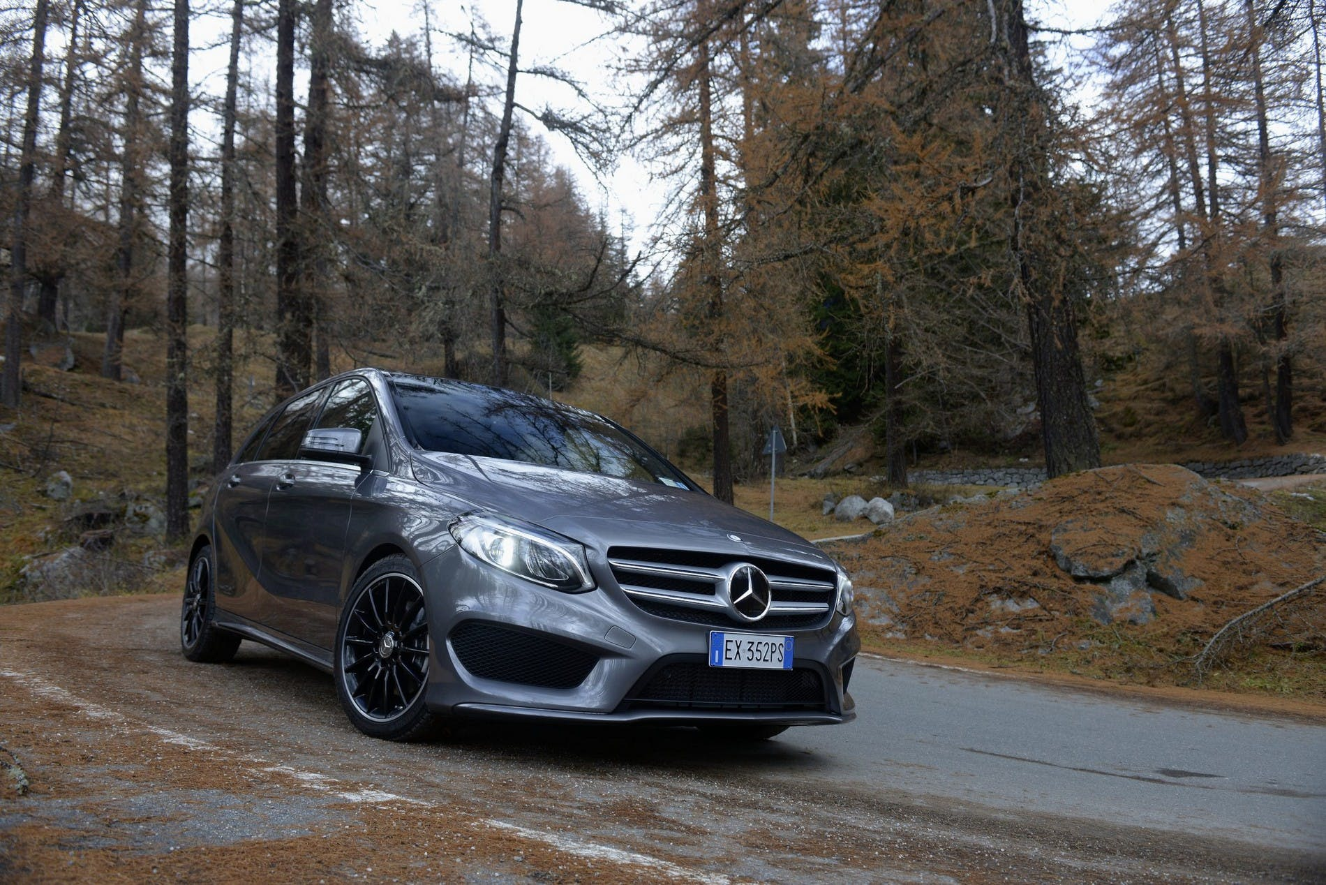 MercedesClasseB201500011