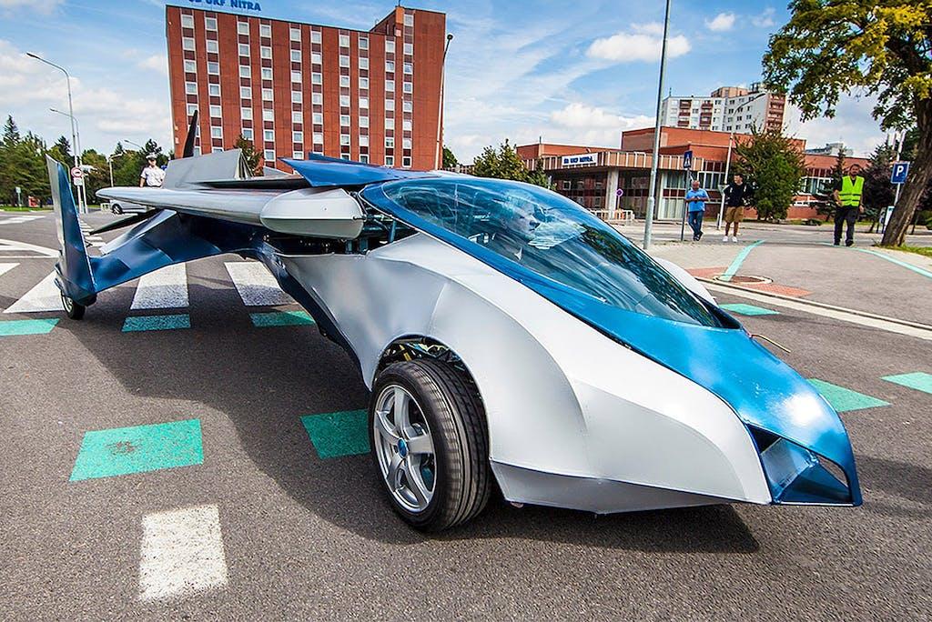AeroMobil 3.0: l'auto che vola è realtà