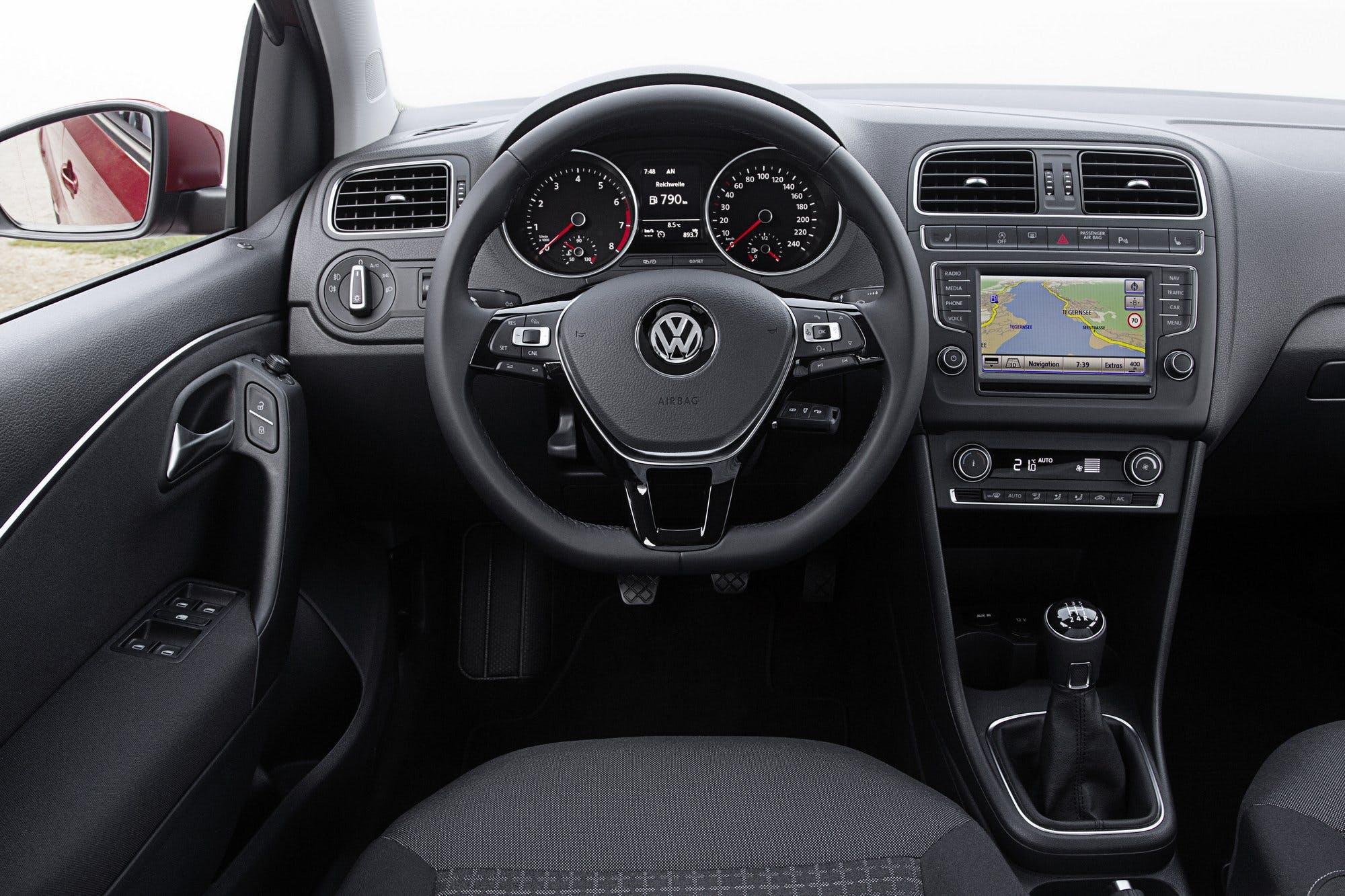 VolkswagenPolo-004