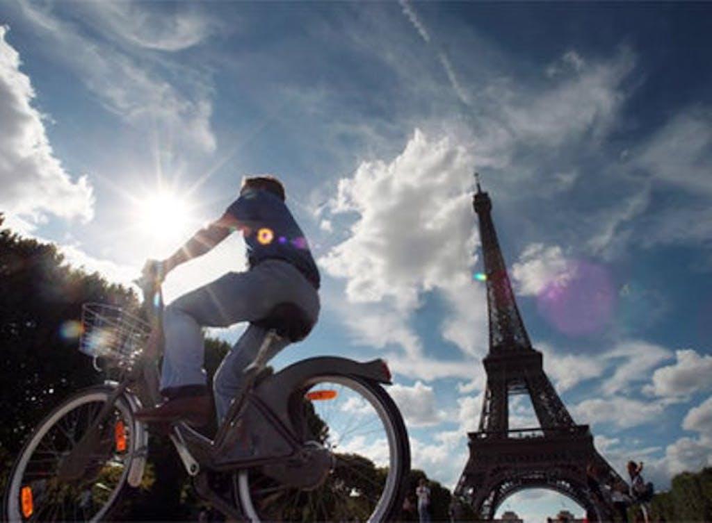 Francia: ecoincentivi per chi usa la bici
